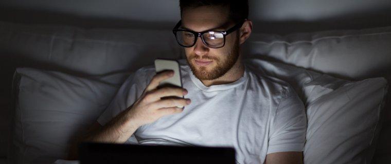 La luz azul de los móviles y la fatiga visual